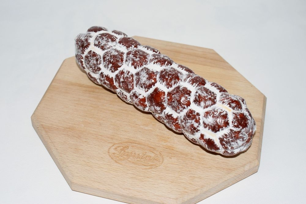 Gyula only dried paprika salami 400 g_1